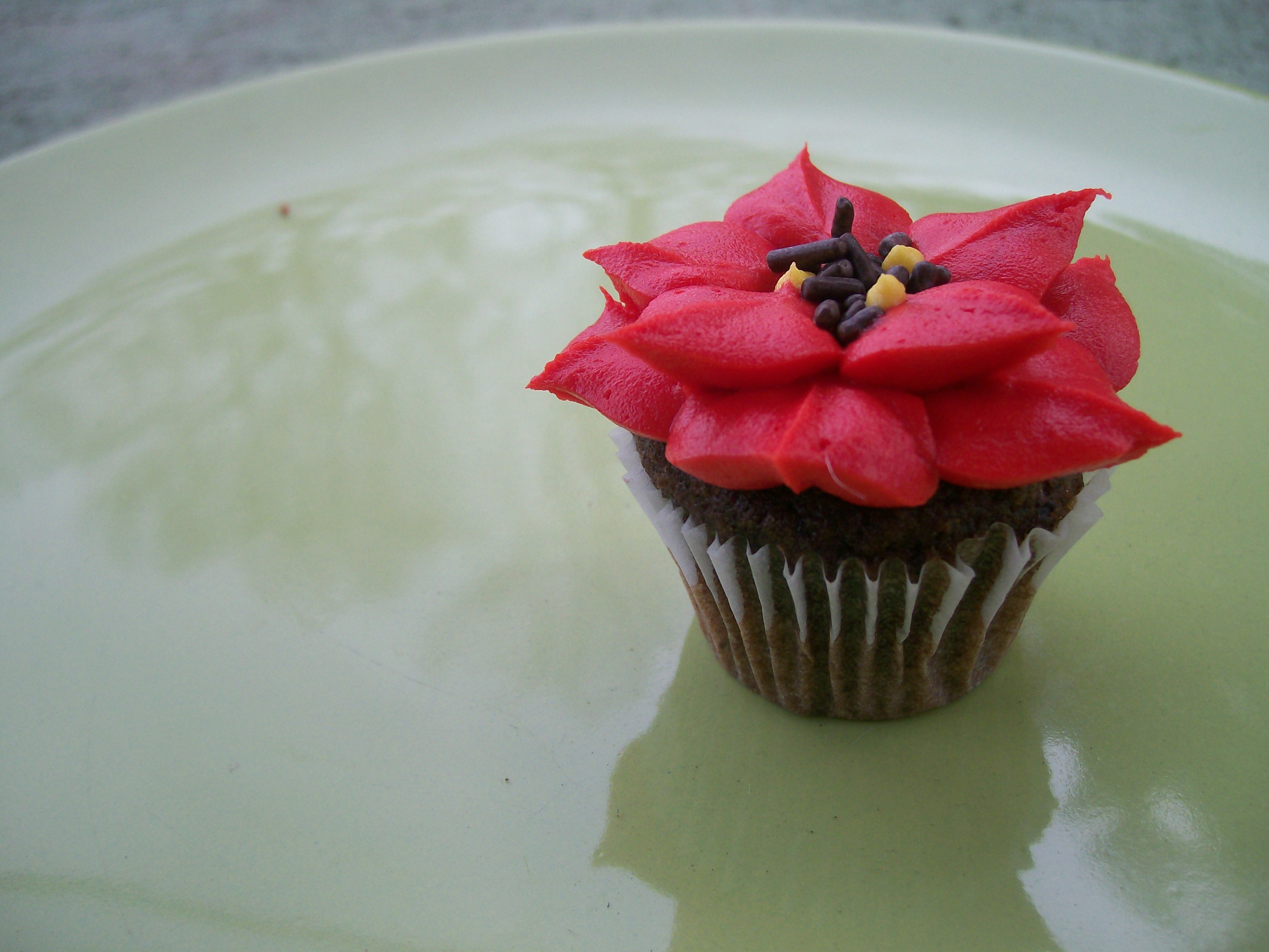 Holiday Cupcakes! New Designs & Ordering – Angel Cakes San Francisco